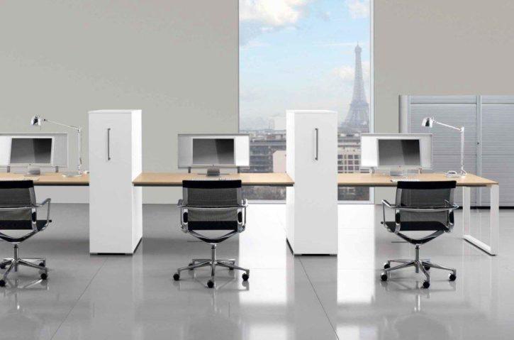 Loop Italian Bench Desk with Vertical Pedestals