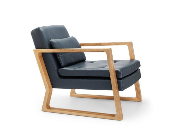 Luigi Dark Blue Leather Reception Armchair