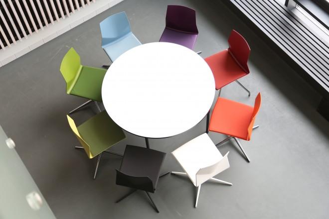 Leawood Circular Canteen Table