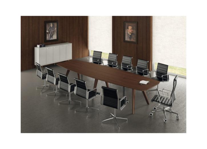 Rail – Stylish Italian Boardroom Table