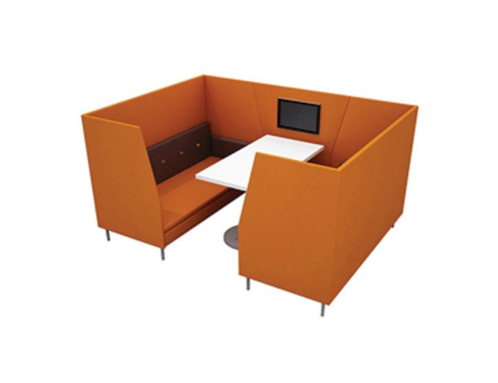 Max Orange Booth